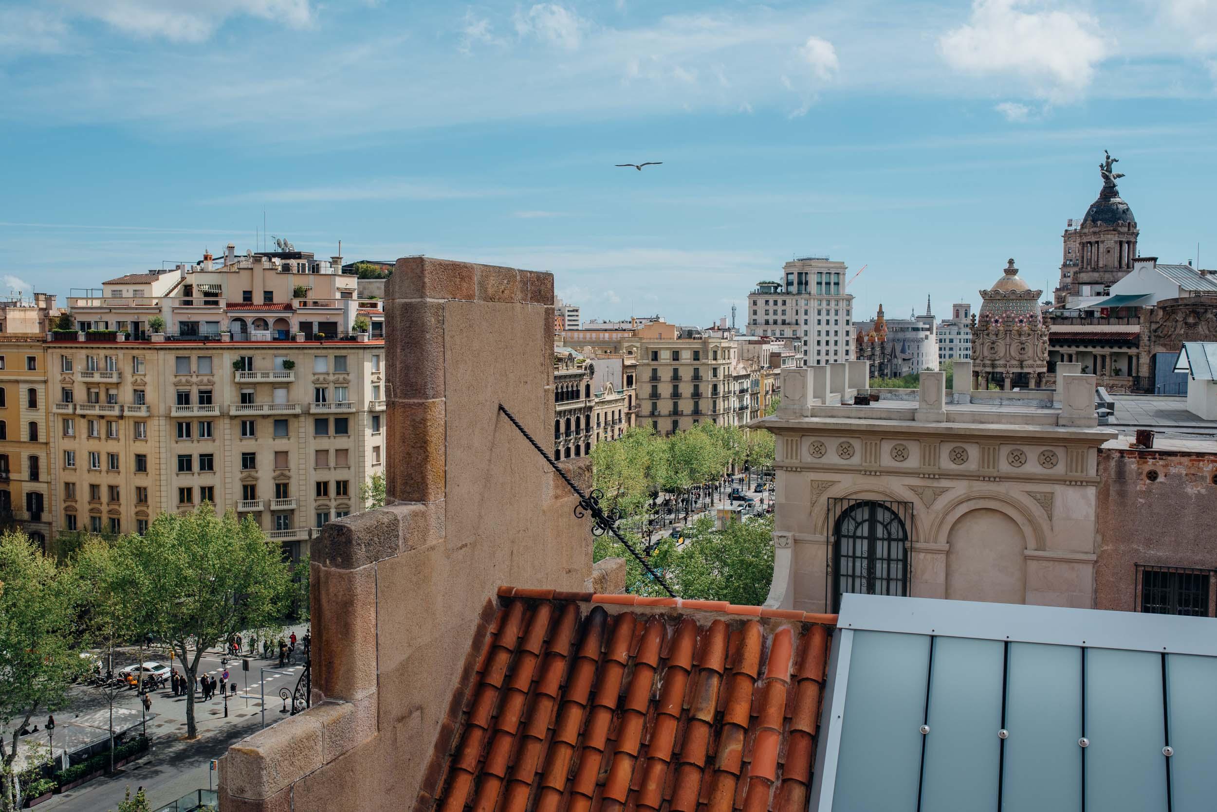 explore-barcelona-travel