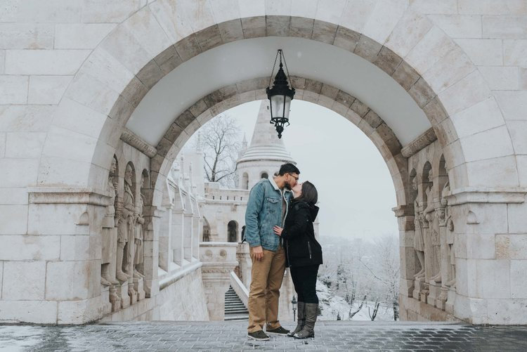 Budapest+proposal+photographer+Fisherman's+Bastion (4).jpeg