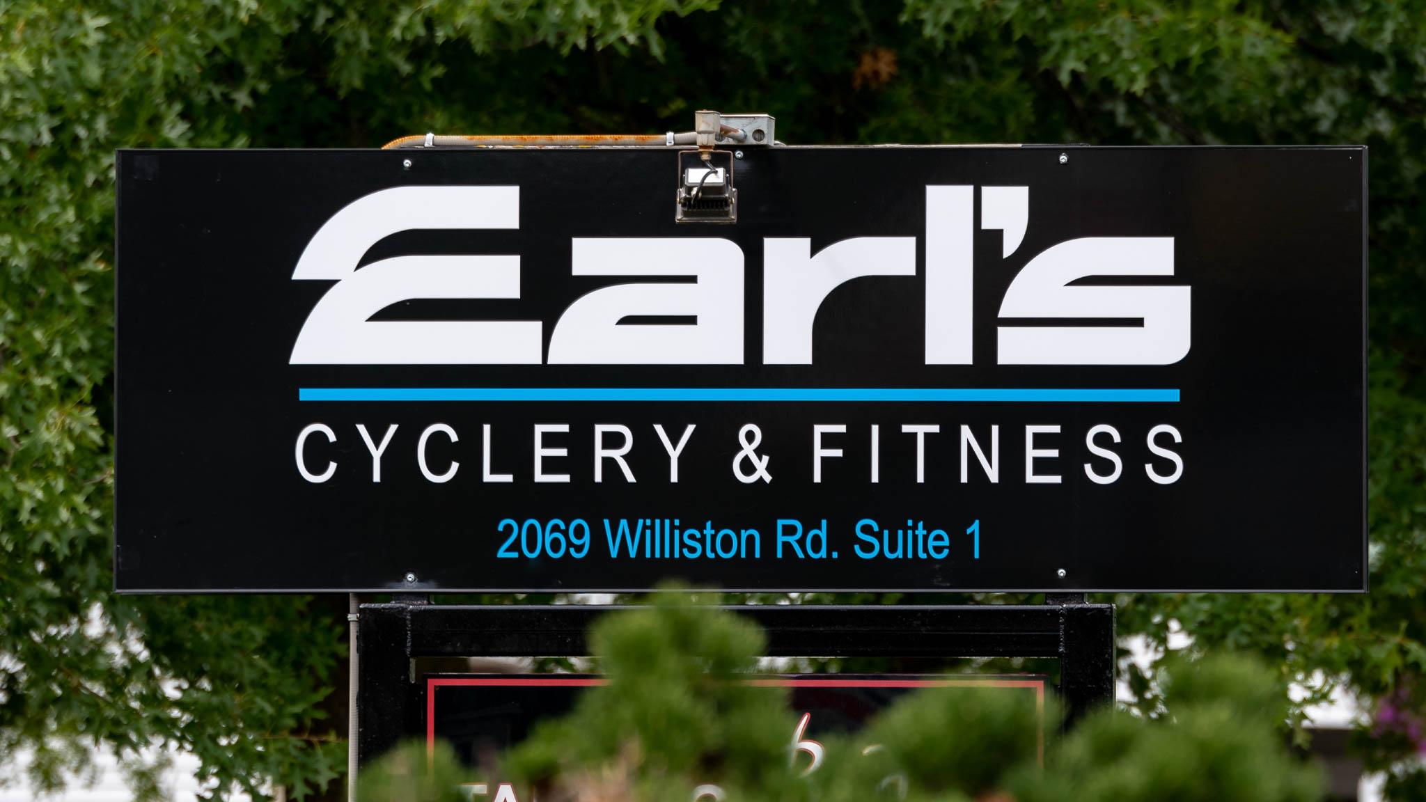 Earls New Store-501417.jpg