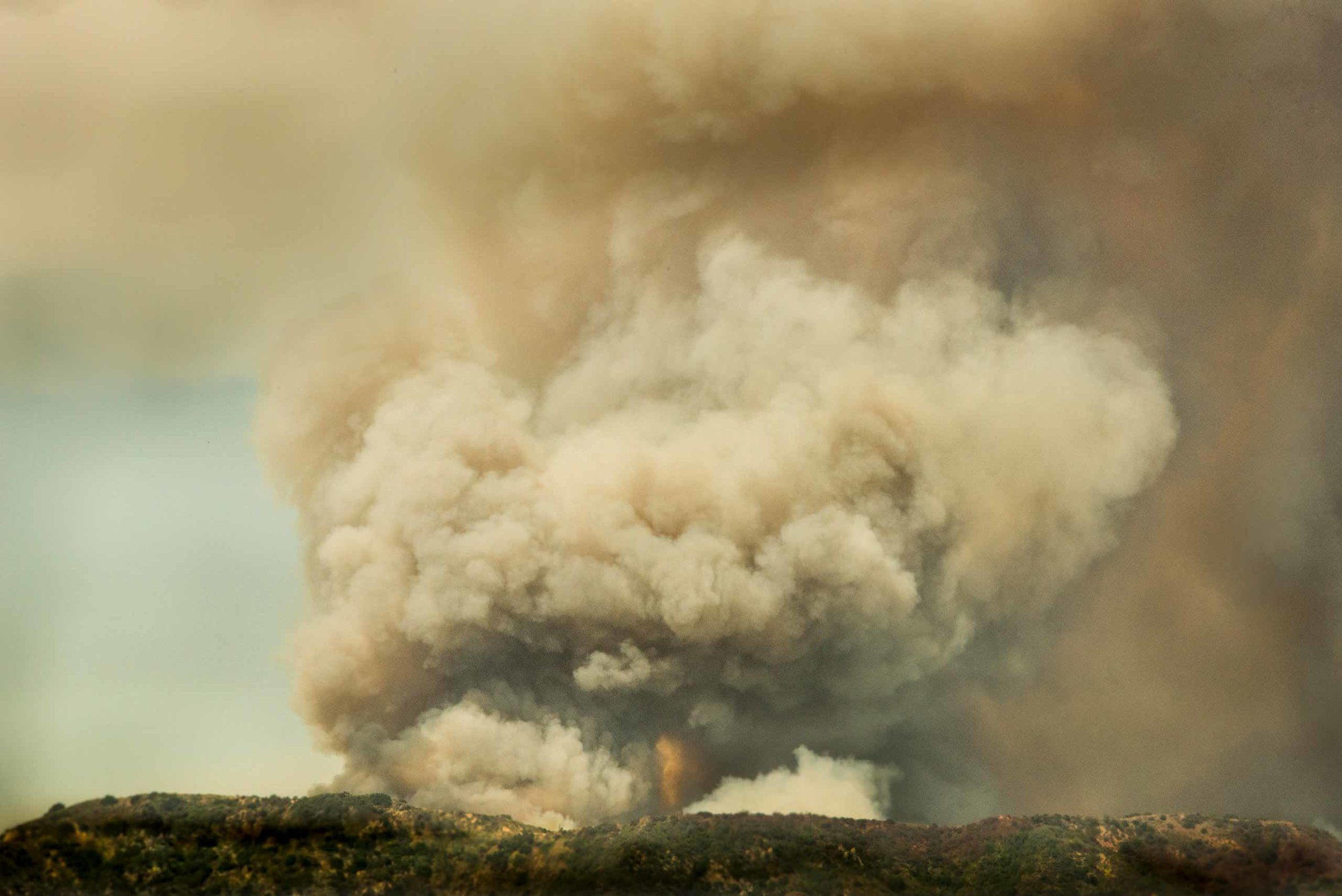 Fire on Hill, Monrovia, California, 2016