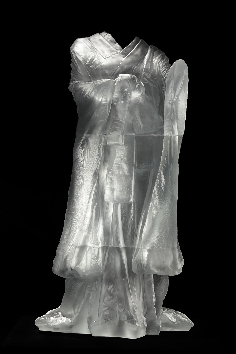 Kabuki,  2014, AP, cast glass, 59 2/3 x 31 2/3 x 21 inches. Now on view at Gerald Peters Projects, Santa Fe.