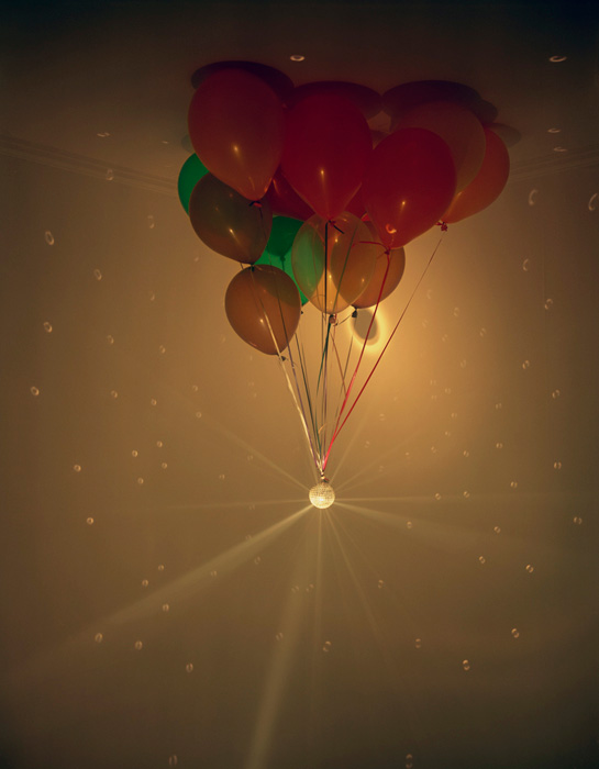 BALLOONS AND DISCO BALL