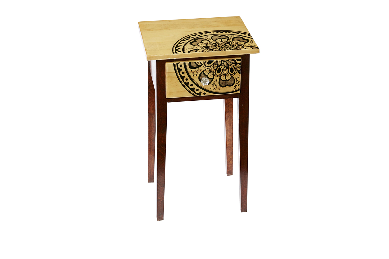 Small End Table with Drawer $300 (SOLD)