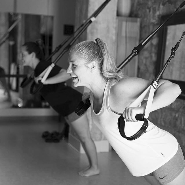 We've added some awesome classes to our evening line up including TRX & Upper Body Fix! Our very own Emma @maynaref is teaching UBF tonight at 6:30pm! 📷: @bsomephoto
