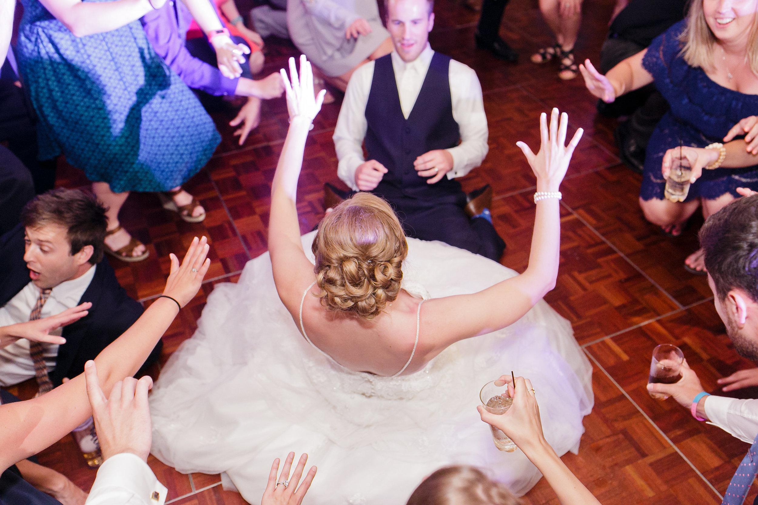 dancing-216.jpg