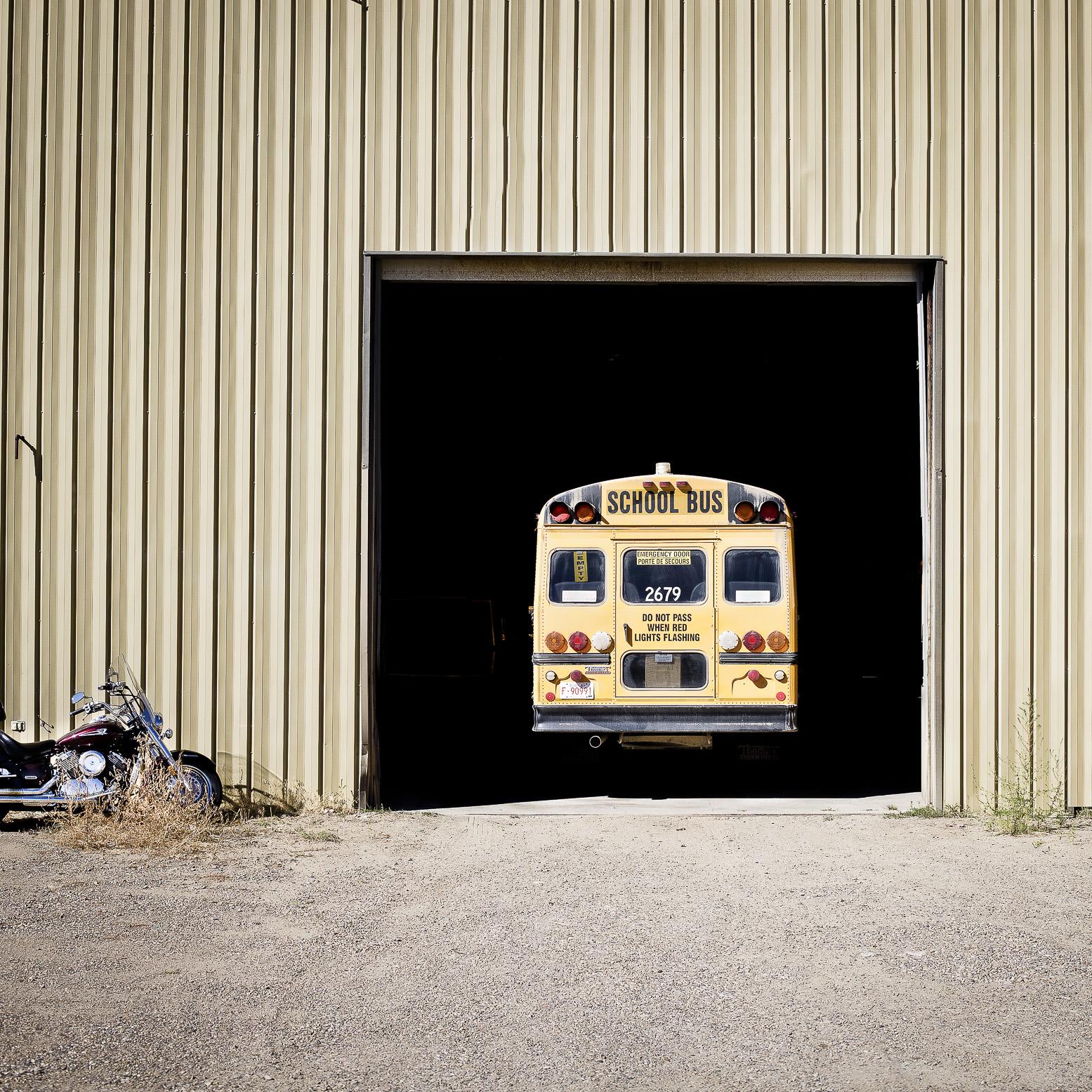schoolbus01.jpg