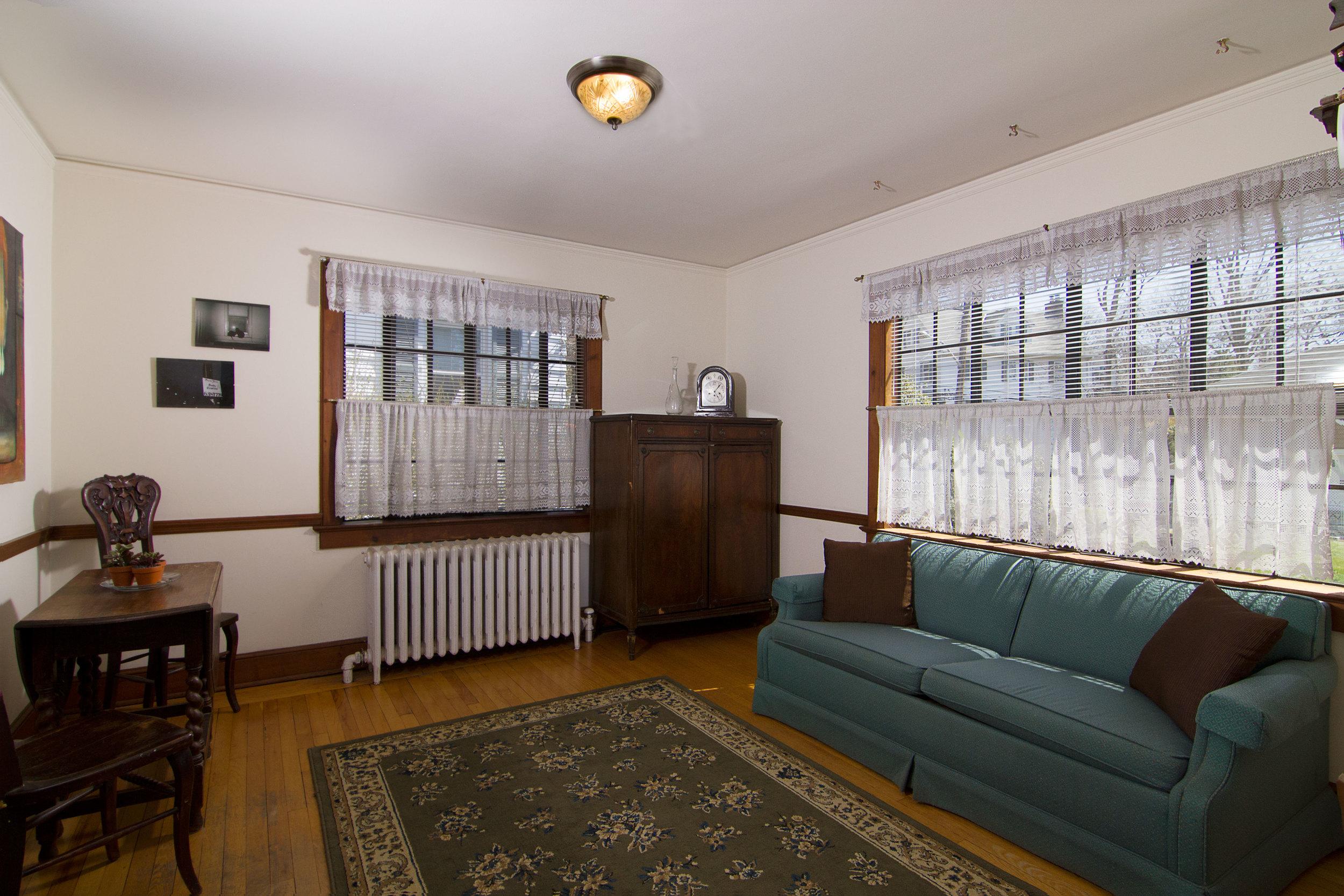 2_Dining-Room.jpg