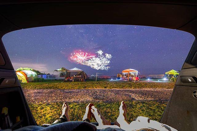 🎆🇺🇸⛺🚙 . . . . . #fireworks #camping #audi #audiq5 #relationshipgoals #montauk #4thofjuly