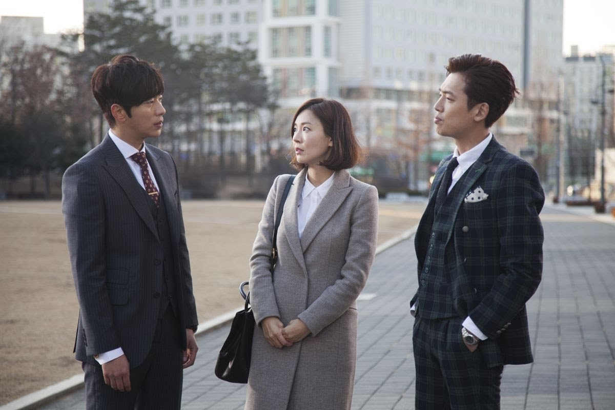 Yoon Hyun-min ,  Kim So-yeon  and  Jung Kyung-ho  in  Beating Again  // Source:  JTBC