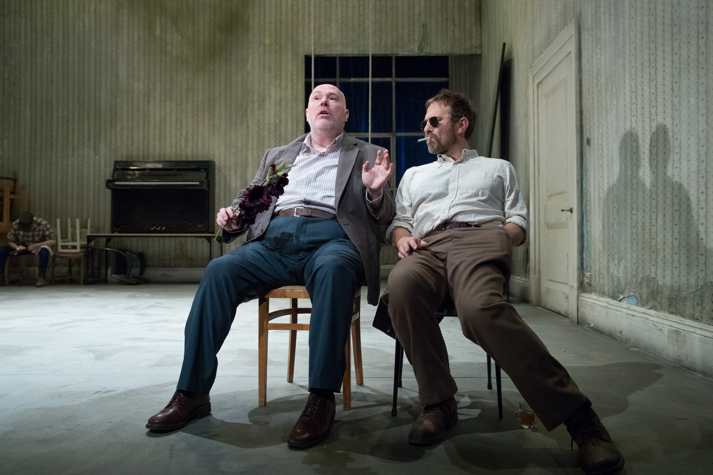 Uncle Vanya ( Nick Holder ) and Dr Astrov ( J  ason Merrells ) in   Uncle Vanya .   Presented by  HOME  (3rd - 25th Nov 2017) ||  Photo by   Jonathan Keenan .