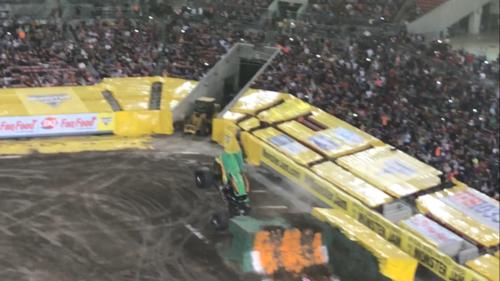 Monster Jam: Review on monster truck racing