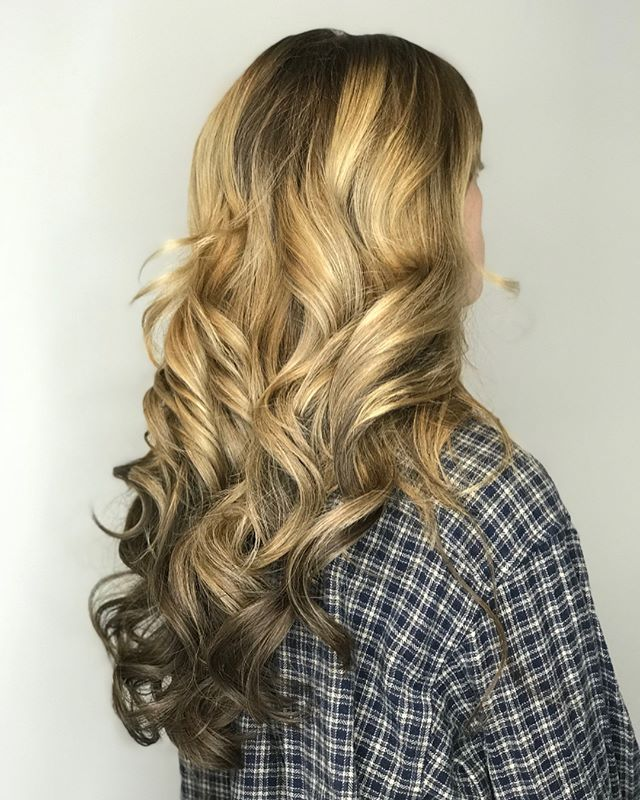 ✨New Service✨  We have added Bellami Professional Hair Extensions to our list of services! 😍 - - For the months of May and June hair will be 40% off! 🙌🏼 - Call us to set up a free consult or to inquire on pricing.