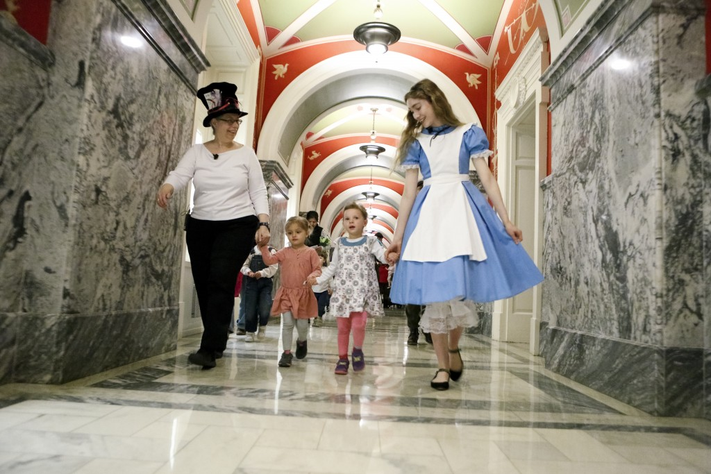 """The Alice dress in the """"Picture of the Week""""on the Library of Congress blog."""
