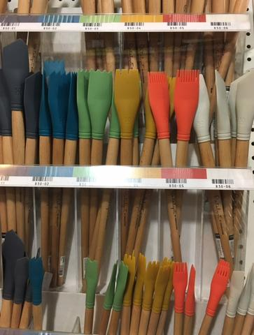 I was very tempted by these paint spatulas....but I restrained myself :)