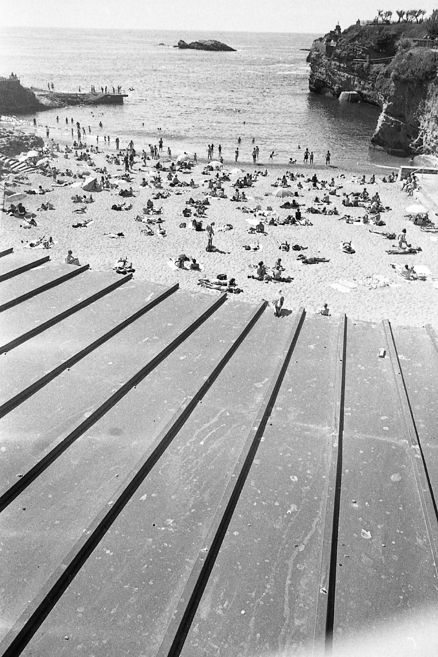 Plage de Solidarité Active .  Biarritz, 15 Mai 2015.