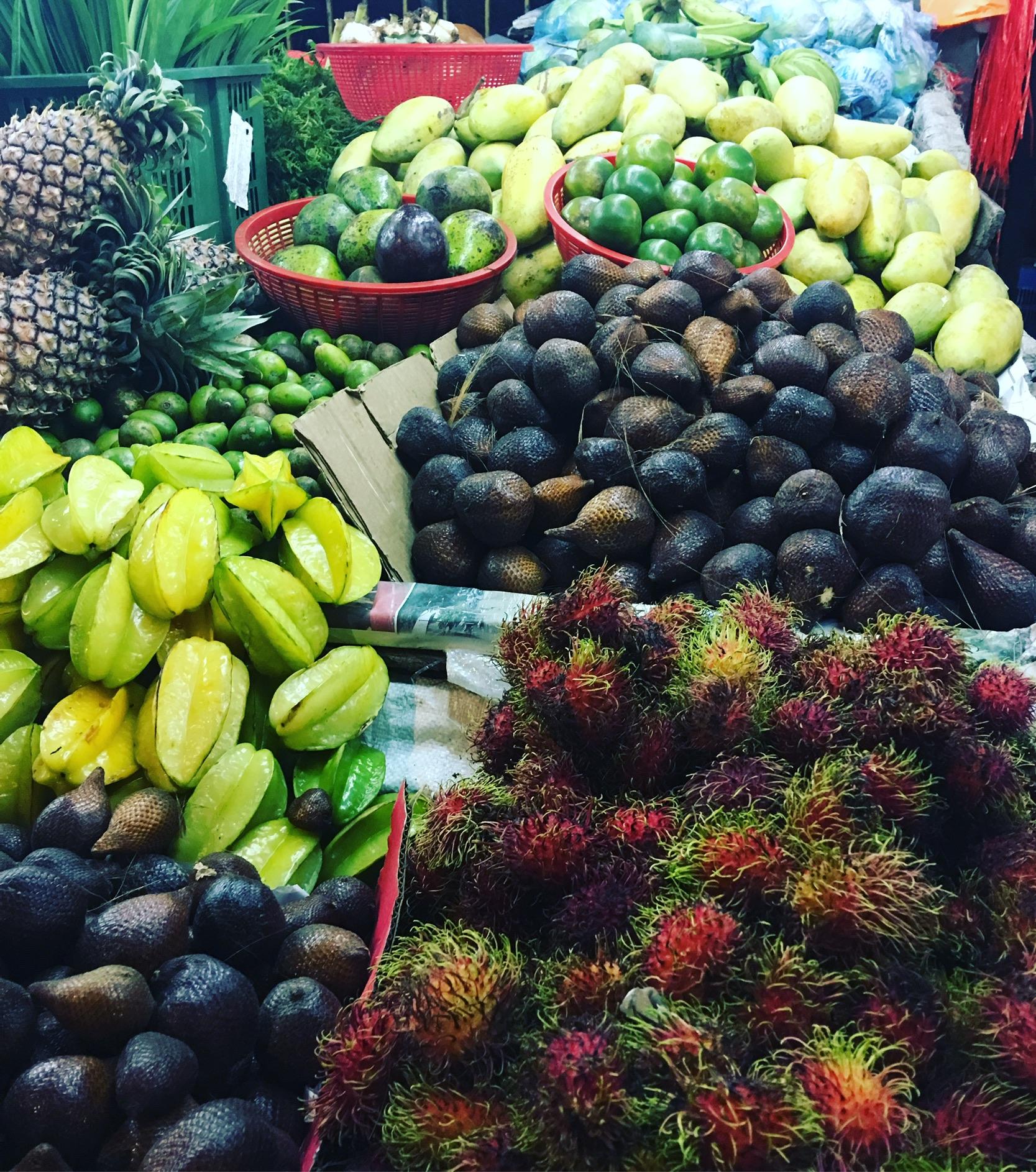 Name those fruits...