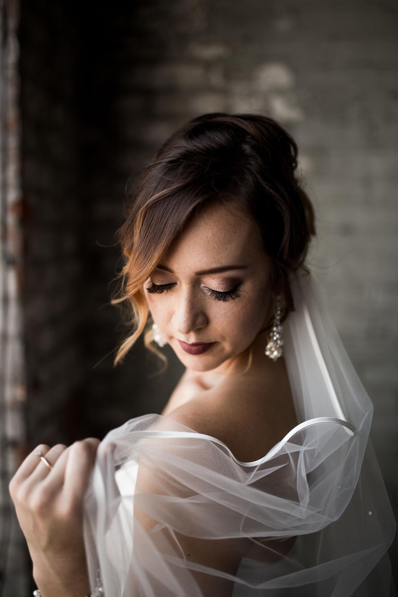 TOLEDO MAKEUP ARTIST. Bridal Makeup in Ohio. Styled shoot with Captured by Hannah Photography, Hafner Florist, Event Prep. Airbrush Makeup Toledo, OH. April 2017.jpg