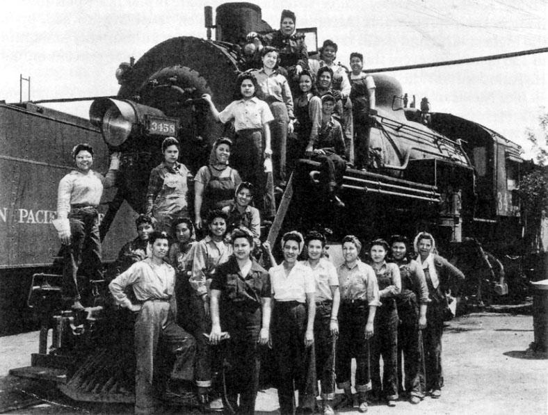 Chicana rivetters in Arizona during W.W.II