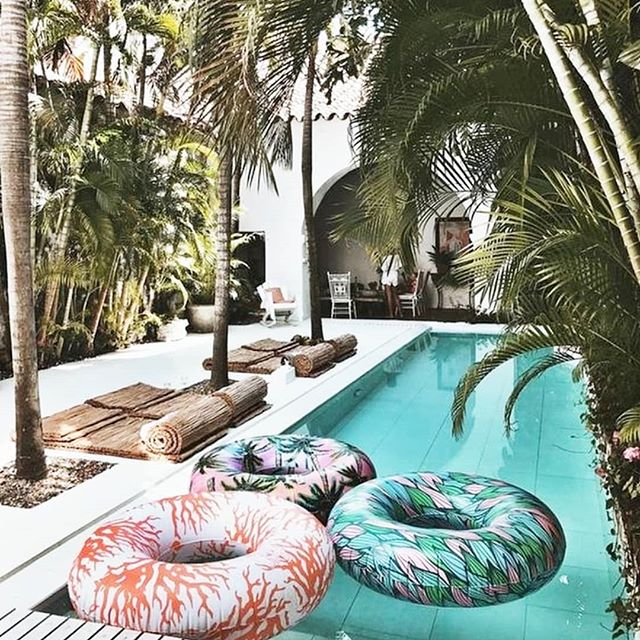 Our Current State of Mind🌴...ALL @shop_eshe staff needs a #vacay SOON!  #VacayWoes #inspiration #SheReady