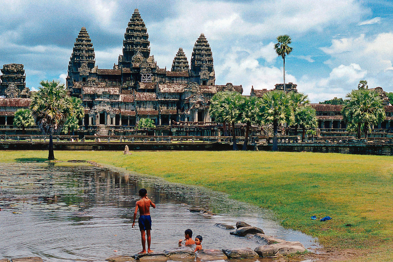 Ankor Wat Tour - Cambodia Travel Specialists