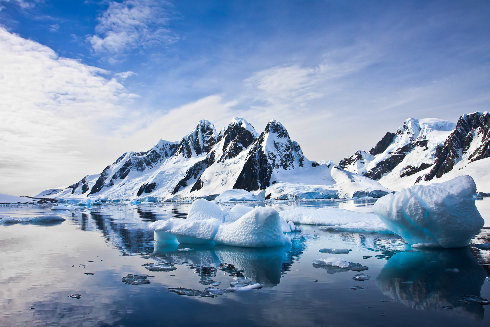 Antartica Icebergs Tallis Journeys_.jpg