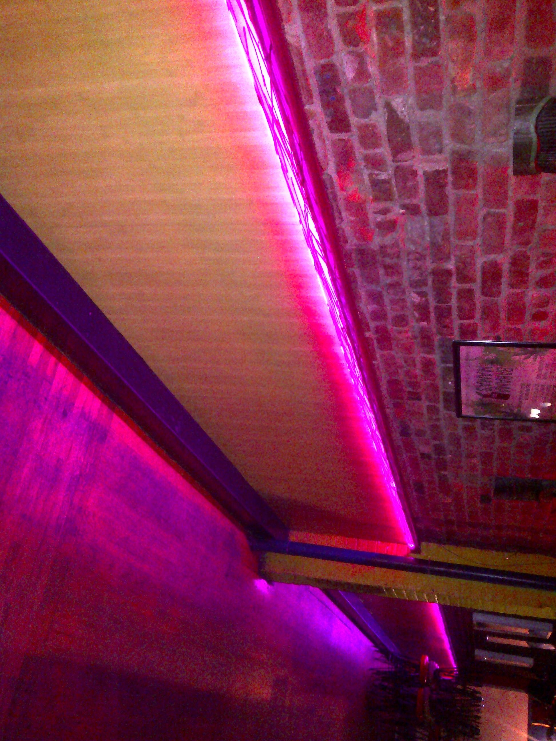 Bahamma Mammas Led tape lights 2.jpg