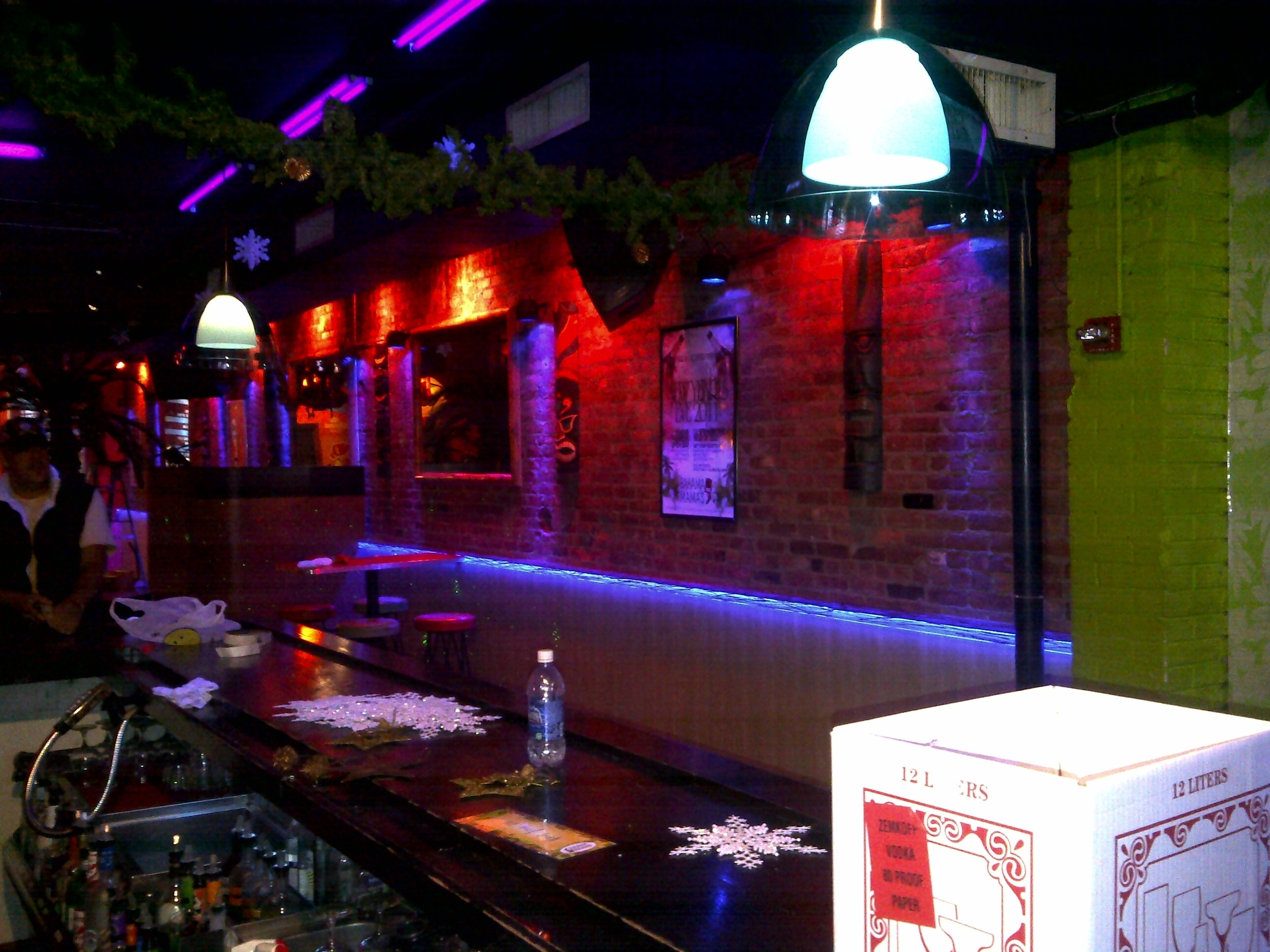 Bahamma Mammas Led tape lights 6.jpg