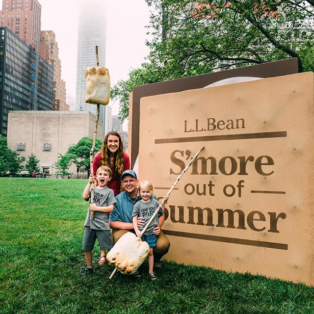 Had so much fun celebrating the start of summer tonight with @llbean in Battery Park with a campfire, s'mores, hammocks, backyard games—basically all our favorite things in our favorite city! #ad If you're around, come tomorrow (June 20) from 10 am to 6 pm and join in the fun—everything is free 🙌🏻. And we're pretty convinced that roasting marshmallows against the backdrop of the city is an unbeatable combination 🔥. What are your plans for getting #SmoreOutofSummer this year? We're planning a New England road trip, a few National Park visits, and as much beach time as possible ☀️. Summer, we're coming for you 😎.