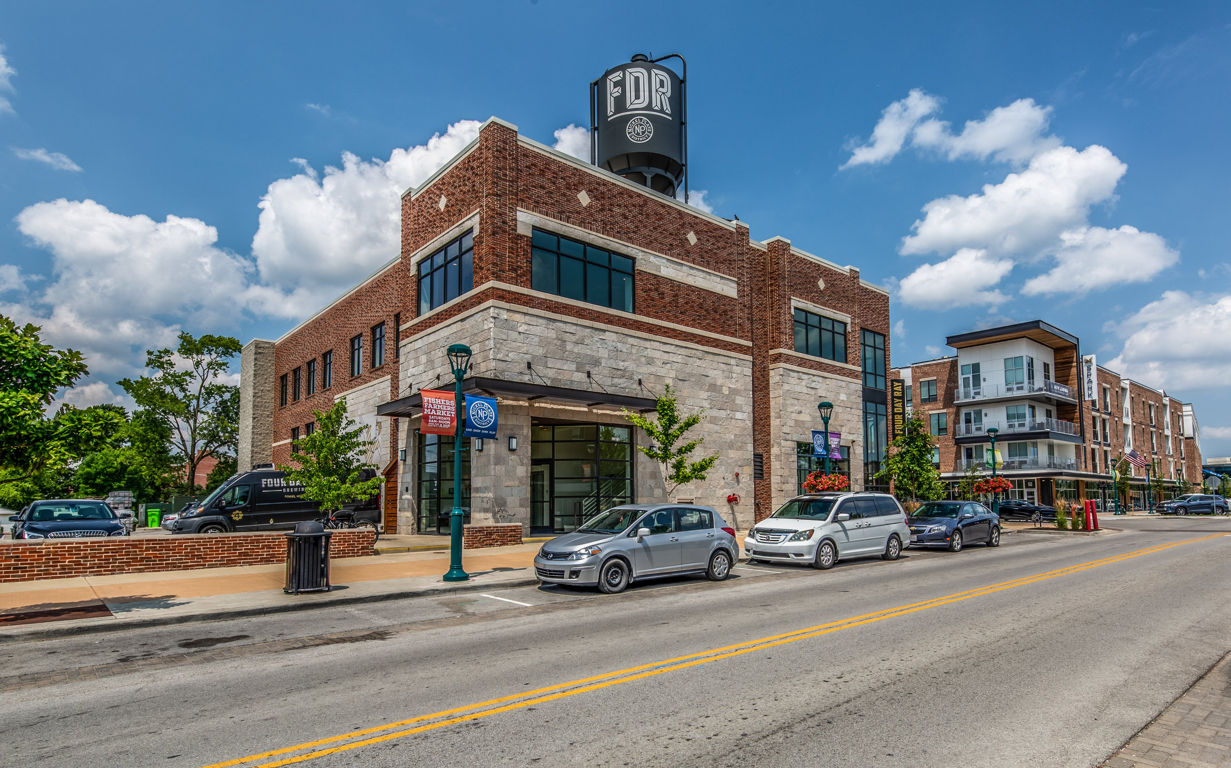 Four Day Ray Brewing-5.jpg