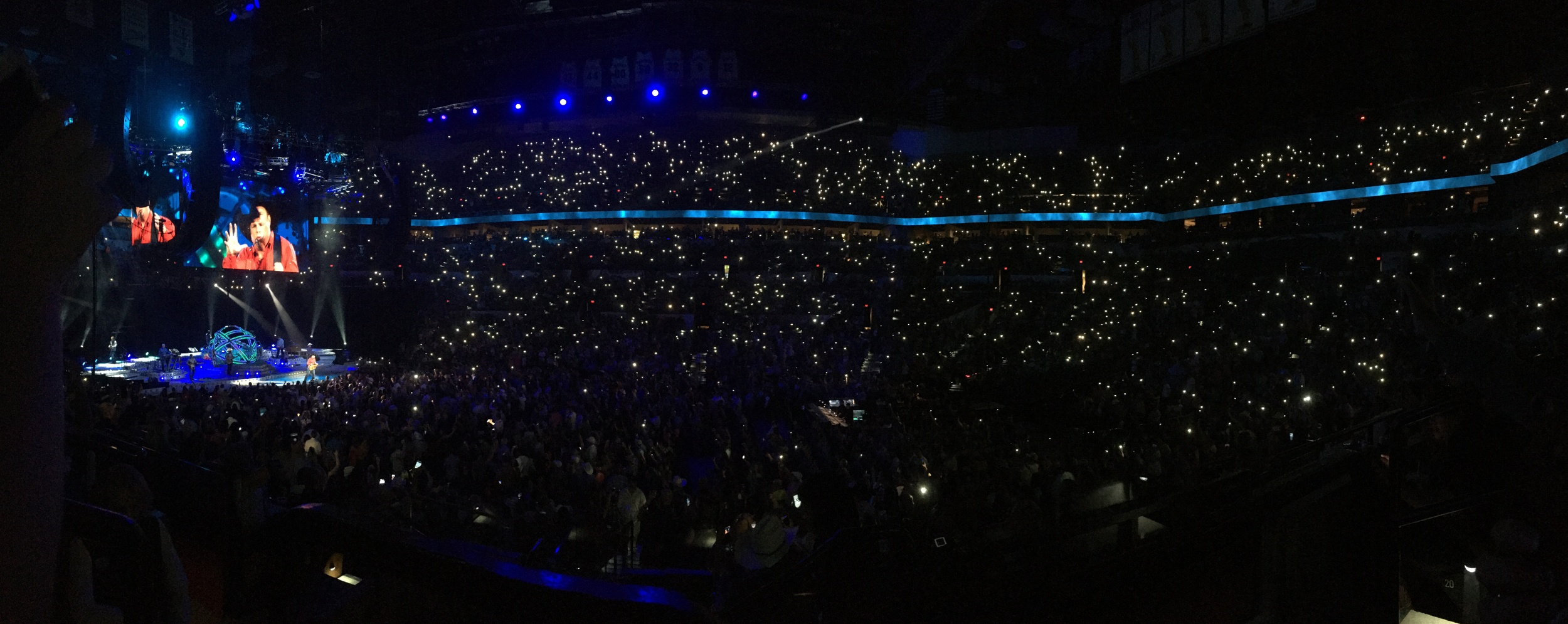 """Performing """"The River"""". What a great song. Get's me every time. Yes, Gina and I pulled our our cell phones and participated in """"lighting it up""""."""