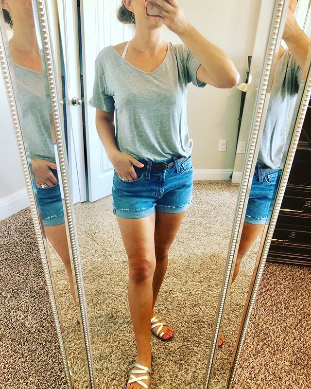Casual work day today. Heading to @discount_tire to replace all 4 tires on J's car thanks to San Antonio roads 😰. Hoping their internet will cooperate with me long enough to get client paperwork done. Did I mention it's way too hot to care about my hair today? Probably evident... 🤪 These high-waisted jean shorts from @j.crewmerchantile have to be my favorite purchase of this summer! I wear them whenever I can. I'm also sporting new earrings made by my talented twin sis! She's now making cute, feminine earrings for a great price. You can shop her Etsy page via my profile link. Hope you're having a sunny Wednesday! 🌞 * * *  #oodt #weekdaywardrobe #petitestyle #petitefashion #petiteblogger #amazonstyle #bellabygina #jctewmercantile #targetsyle #fashion #fashionblogger #lifestyle #fashionista #fashioninspiration #instafashion #fashionlove #shopstyle #livelaughlighty #satxbloggers #newpost #blogpost