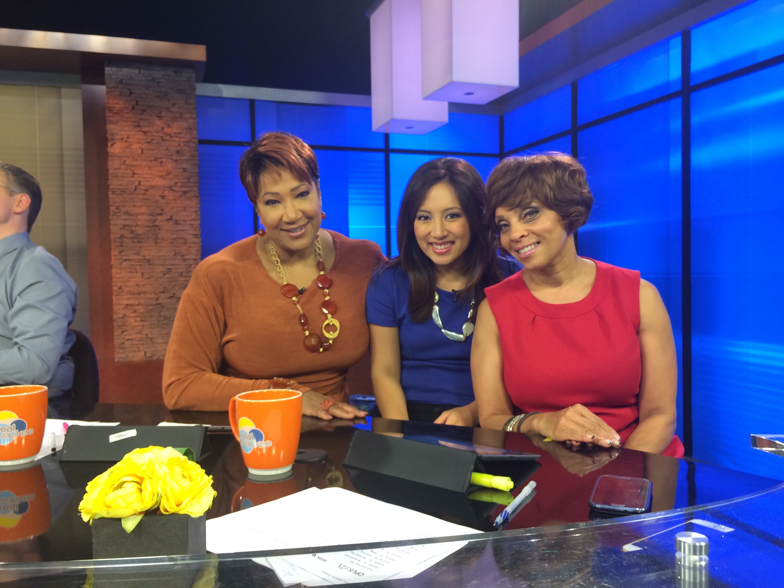 Fox 6 pic with morning crew .JPG