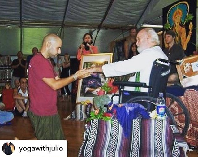 Repost • @yogawithjulio Darshan with Ram Dass c.2008 at the first Open Your Heart in Paradise retreat which took place on Hawaii Island at Kalani Honua🌴 It was by grace alone that I was able to attend and the events that followed would show me my how wide a heart can be opened. .  photo by @poetjess . . . #yoga #bhakti #bhaktiyoga #ramdass #beherenow #yogalife #yogainspiration #hawaii #yogateacher #yogawithjulio