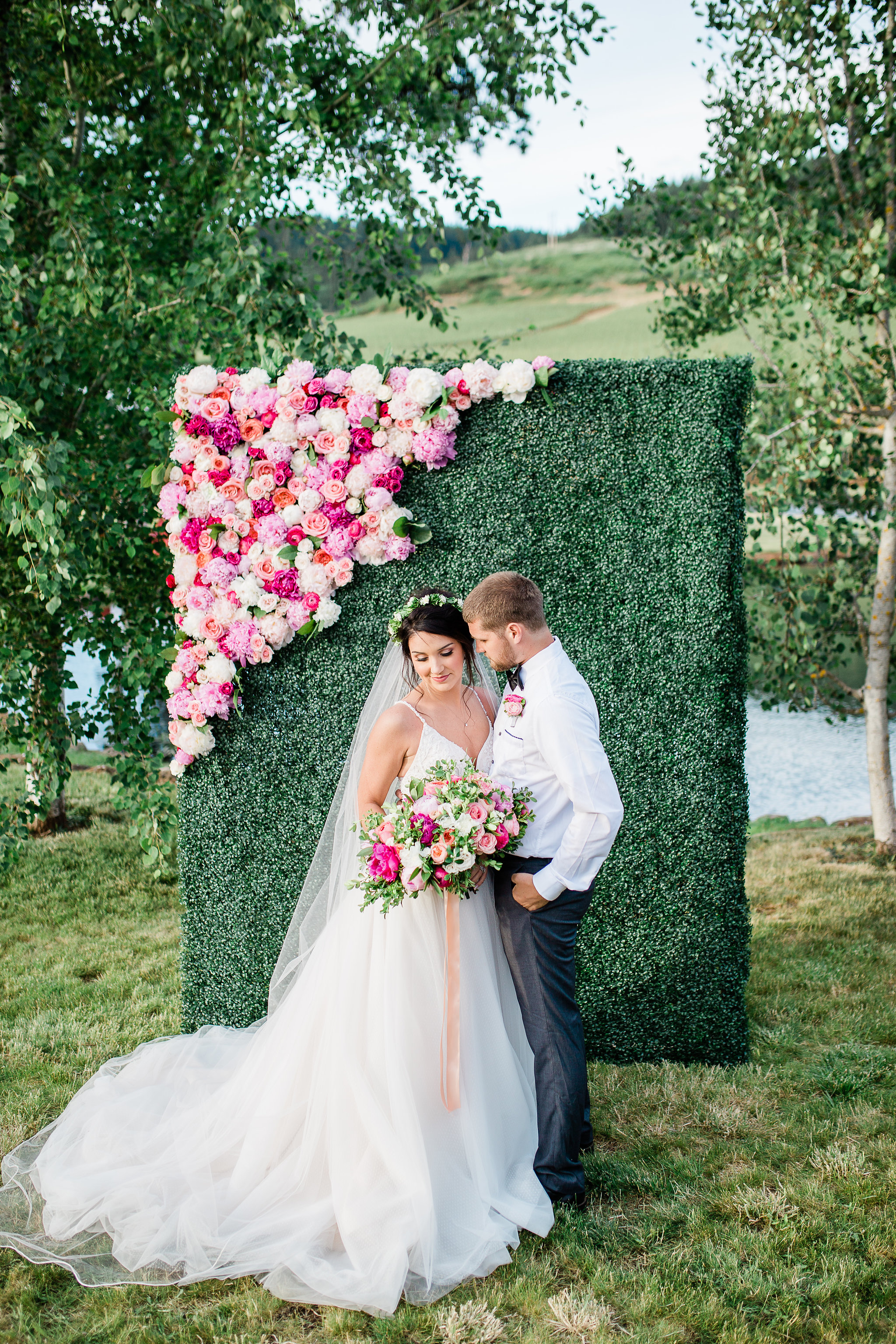 Peonies-and-Pinot-Wedding-Editorial-Eolla-Hills-Winery-Georgia-Ruth-Photography-98.jpg
