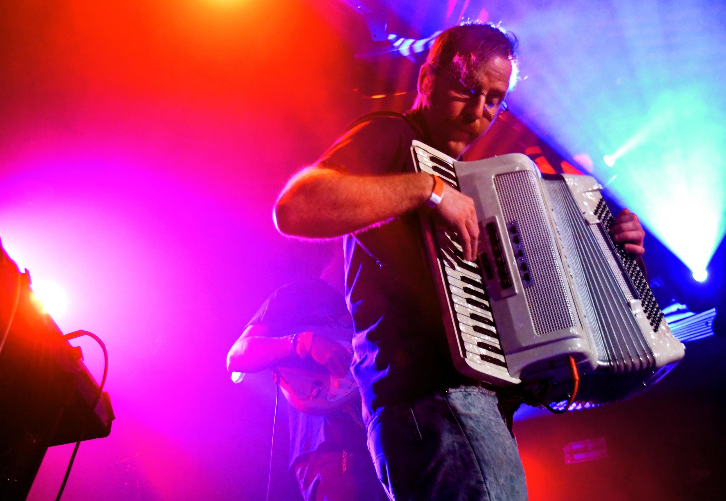 Jeffrey fucks it up on the accordion.