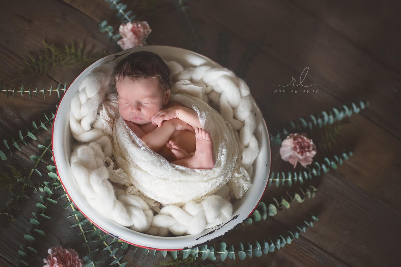 RL Photography OKC newborn 17.jpg