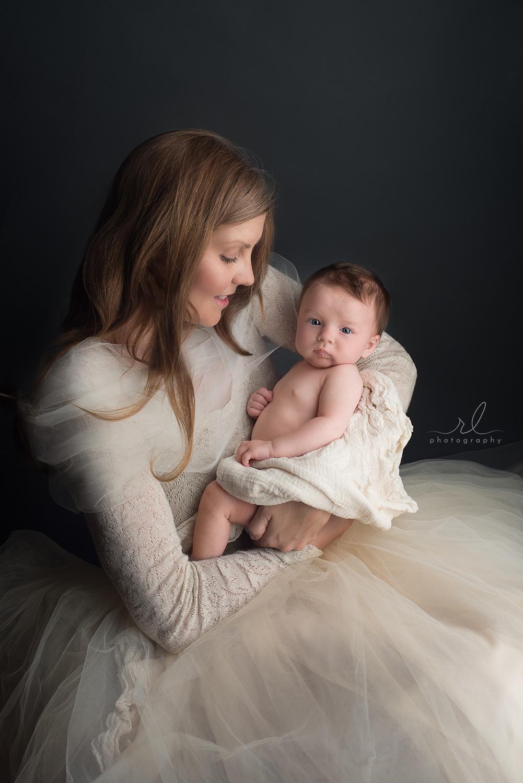 RL Photography OKC newborn 18.jpg
