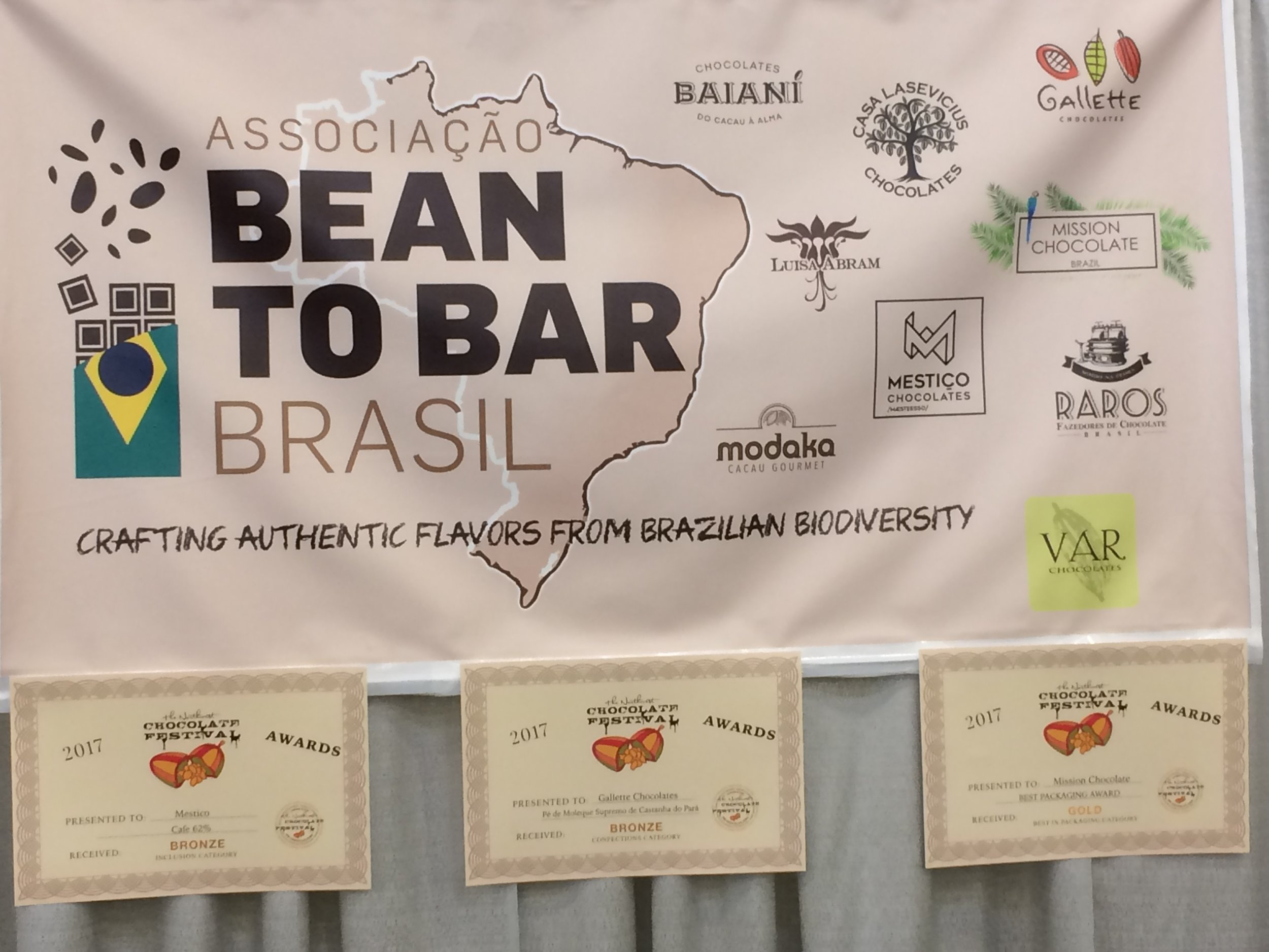 The wonderful chocolate makers from Brasil shared a booth. I attended a discussion of the bean-to-bar movement in Brasil, as well as an update on cacao & chocolate-making in Venezuela.