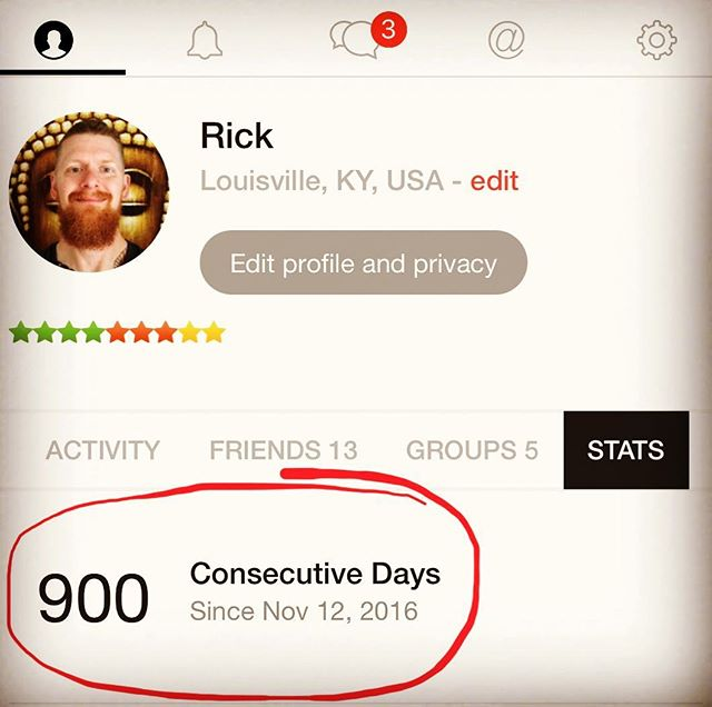 """I've been off the radar lately, but when I opened my meditation timer app yesterday and saw this, I thought """"holy sh*t"""" that's something!  I don't think there is anything I've consciously done 900 days in a row before 🤷🏼♂️ #meditation #gome"""