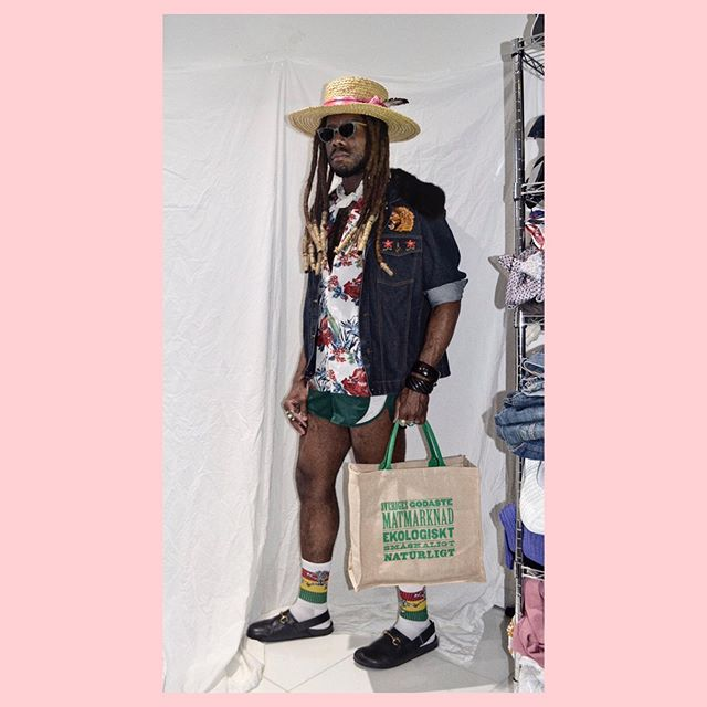 Market Matters ⁣⁣⁣⁣ ⁣⁣⁣⁣ ⁣⁣⁣⁣ ⁣⁣ ⁣⁣ #sunday #shopping #mood #gucci #adidas #custom #denim #designedbyme #prints #luxury #spring #rocknroll #chic #menswear #fashion #style #stylist #nyc #closetconfidential #rlpearsall