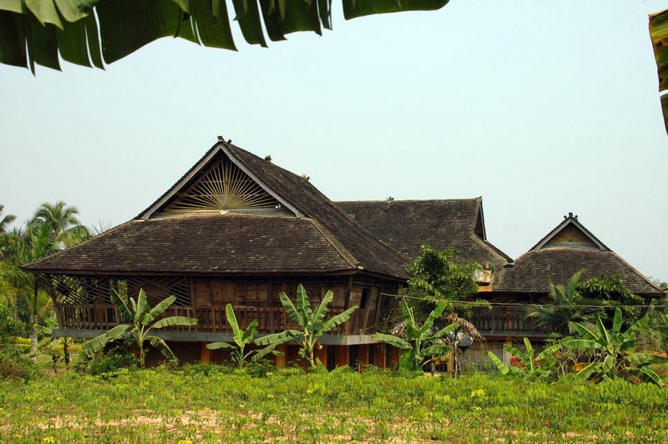 traditional house, Dai Park, Ganlanba.jpg