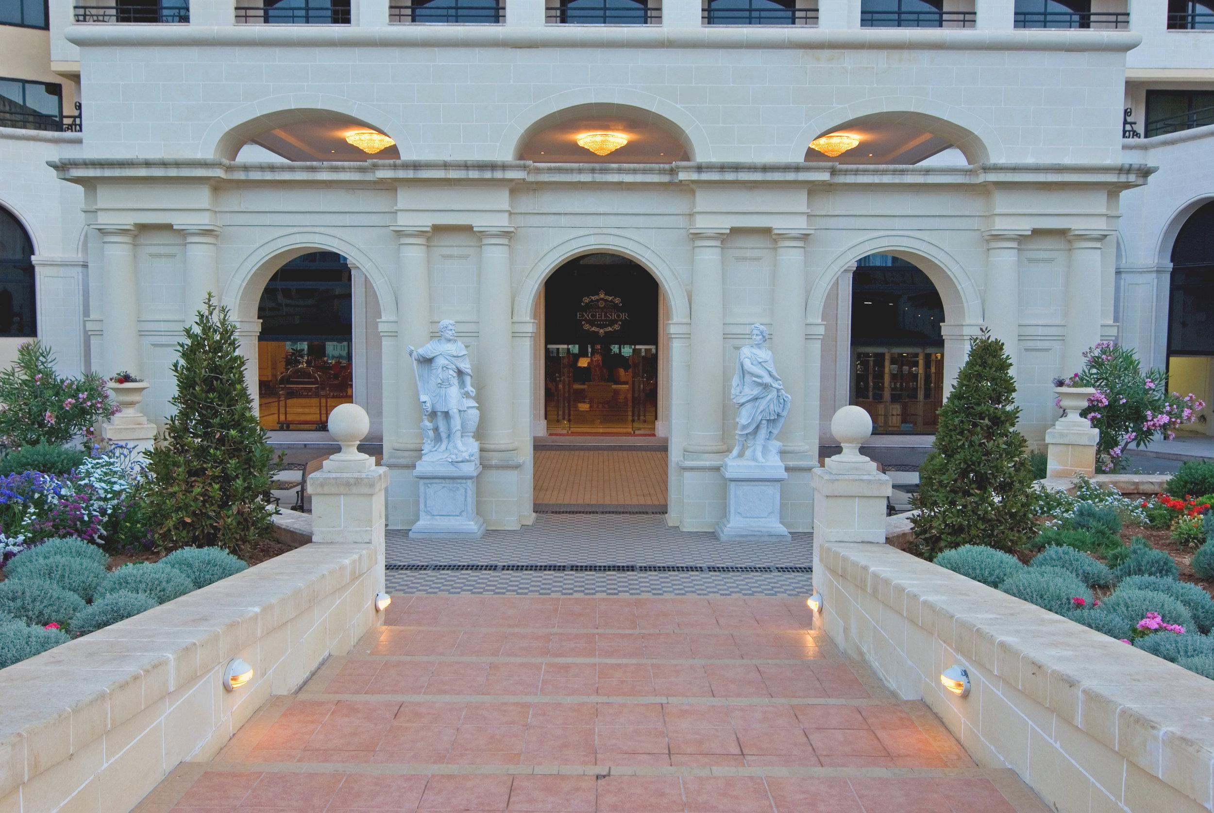 Grand Hotel Excelsior Entrance.jpg