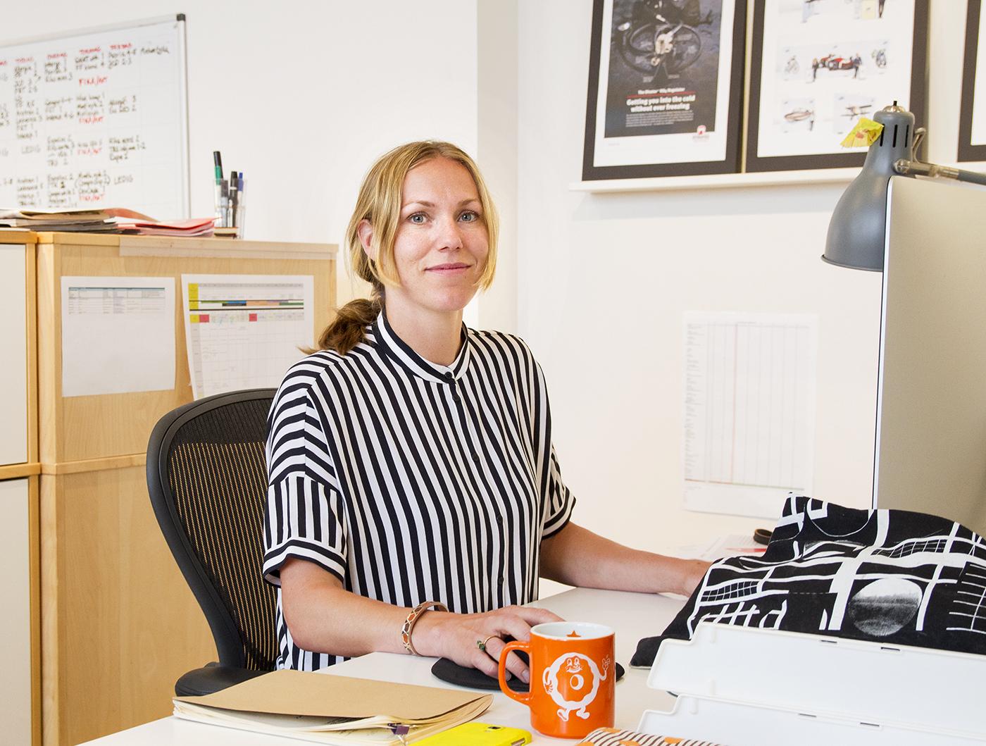 Sandra Ljung är ny grafisk formgivare på reklambyrån Nkel i Stockholm, där hon bland annat kommer designa grafiska profiler
