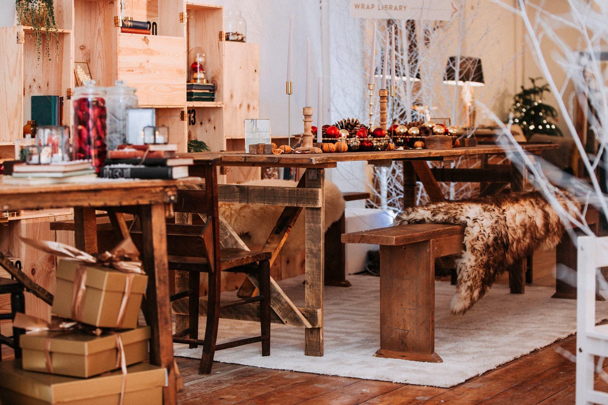 Heaps + Stacks Portfolio - Regent Street - Customise Your Christmas 2.jpg