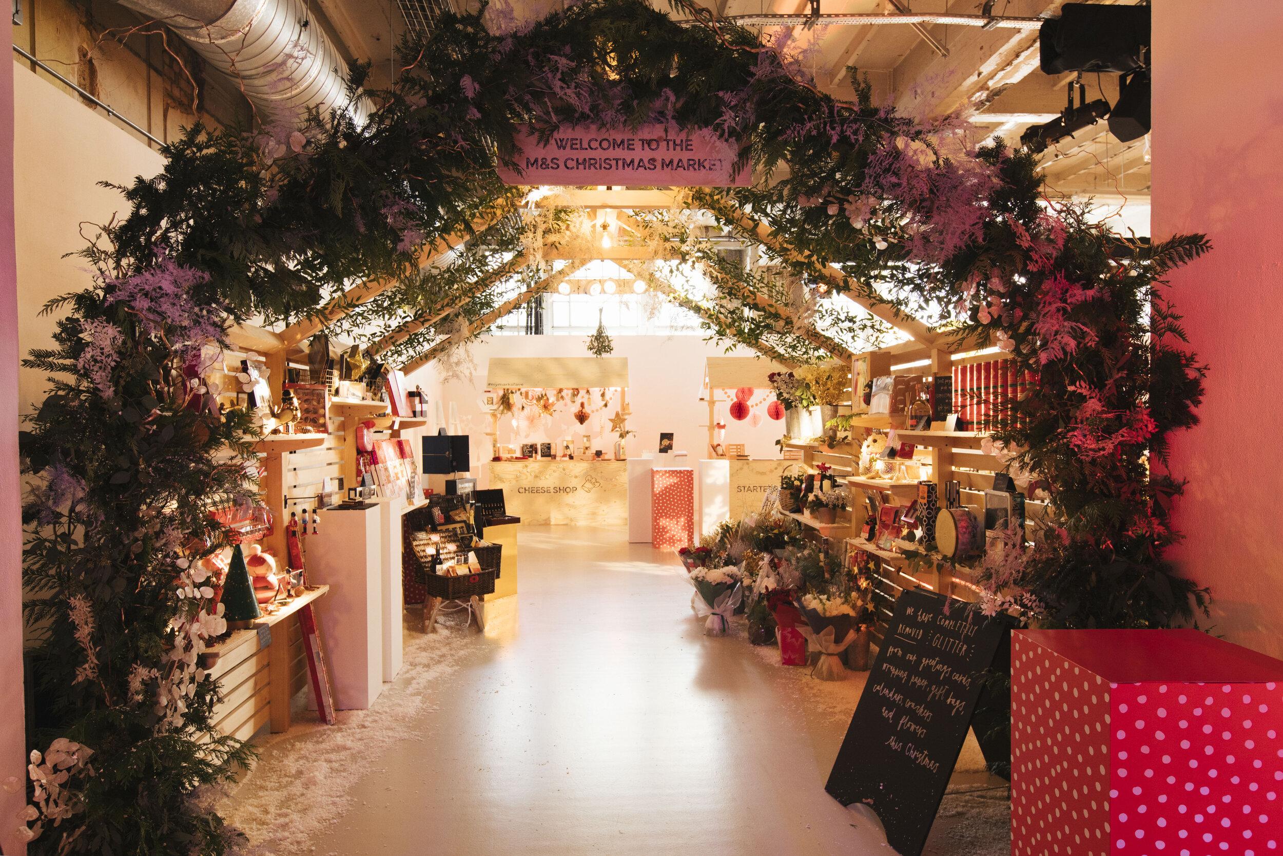 M&S Christmas Showcase � Luke Fullalove-3961 (1).jpg