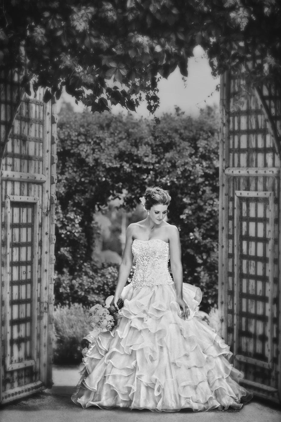 Popcorn Photography Wedding black and white 18.jpg