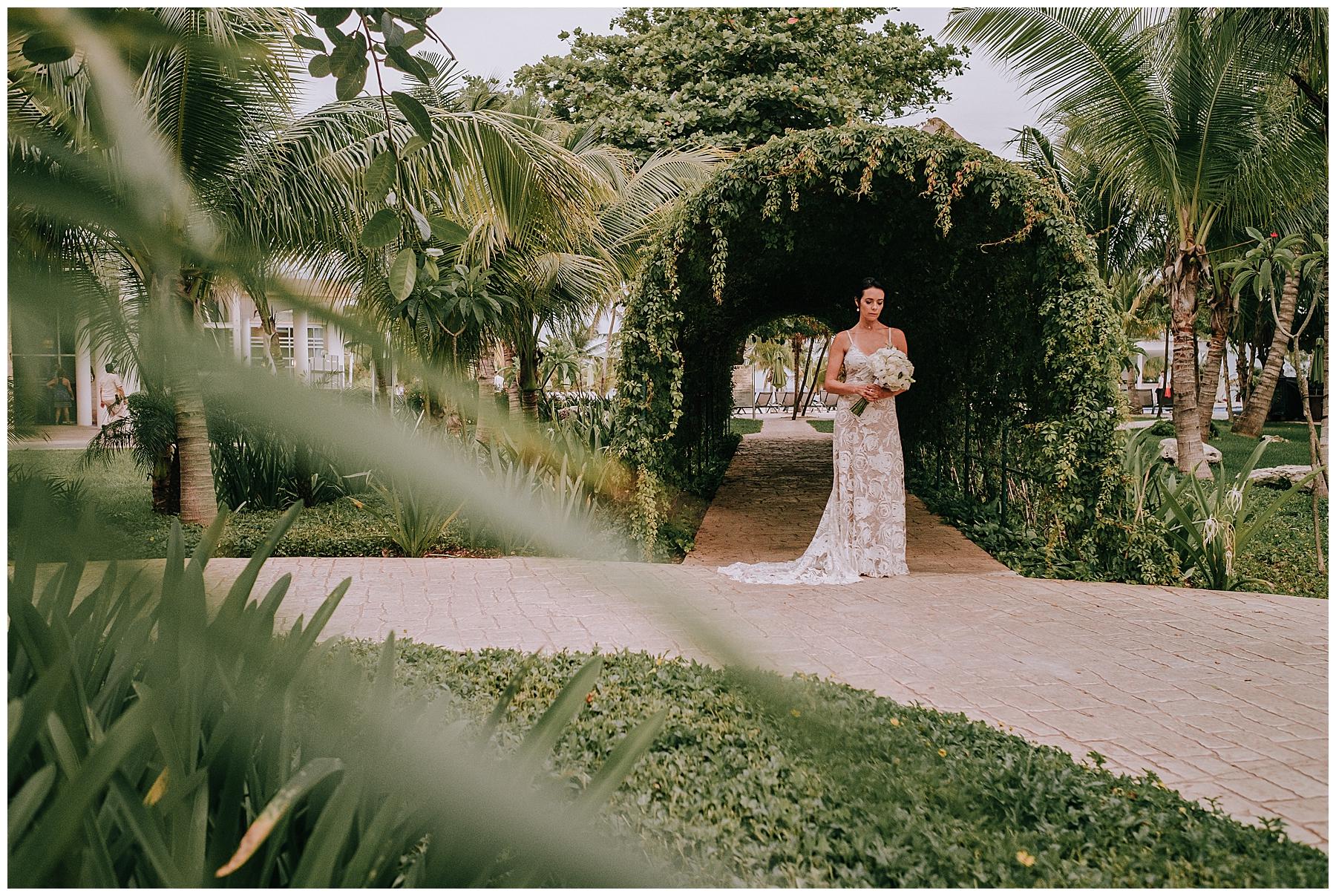 Cancun Mexico Wedding popcorn photography_0063.jpg