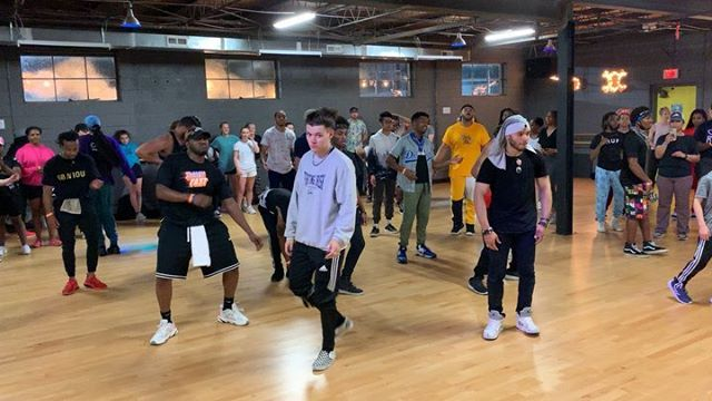 """SO. MUCH. TALENT. IN ONE STUDIO!! That's what we love to see #RVA!! 👏🏽👏🏻👏🏾. Thank you to all of the dancers and dance groups that came out on a Wednesday night to train TOGETHER with @phil_wright_  It was an unforgettable experience, dance class and community support. We love you! We thank you. #wervahiphop ❤️🙏 . . Song: @chrisbrownofficial """"back to love"""" Steps: #philwrightchoreo💯  Floor: @turnrva  Brought to you by: Studio 4 Dance, @richmondurbandance and @turnrva. . . #rvadance #dmvdance #masterclass #philwright #turncardiojamstudio #rud #studio4bookedit #choreographer #training #dancetraining #flashbackfriday #dance #chrisbrown #backtolovechallenge #backtolove"""