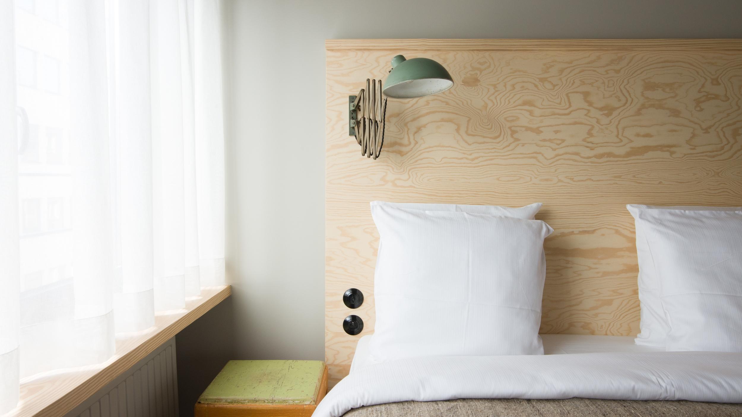 jam-hotel-brussels-rooms-ultra-room-01.jpg
