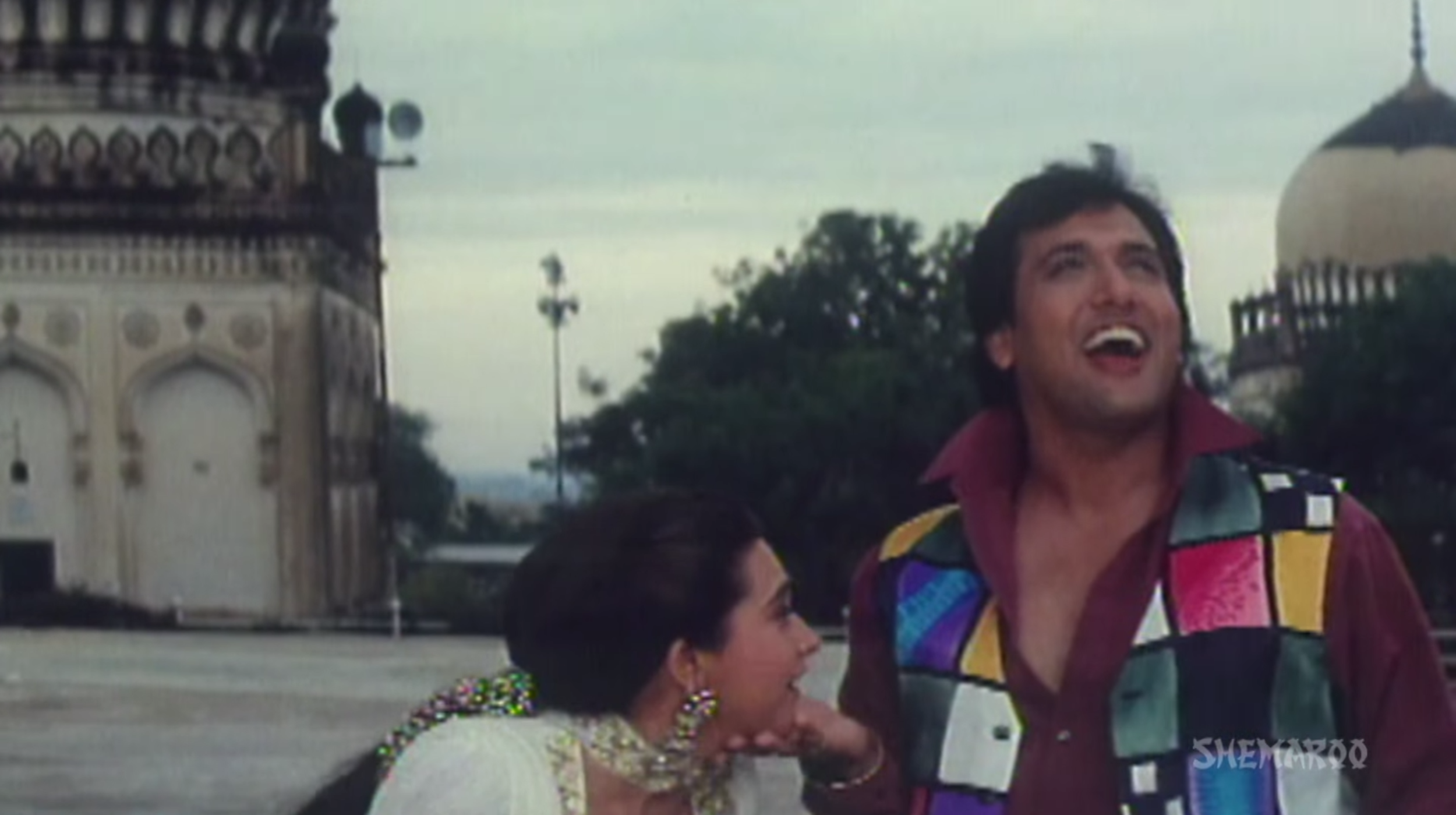 Karisma Kapoor and Govinda in Coolio No.1